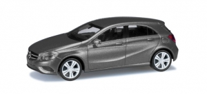 Mercedes-Benz A-Klasse, mountaingrau metallic