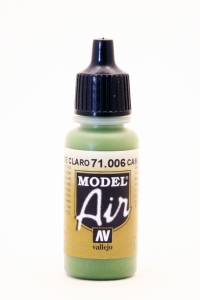 Vallejo Model Air 006 Tarnfarbe Hellgrün - Light Green Chromate